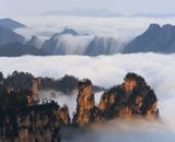 長沙-韶山-張家界-天子山-黃龍洞-芙蓉鎮-鳳凰古城六天遊