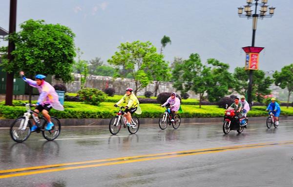 張家界武陵源首推自行車遊覽項目 倡導綠色低碳旅行